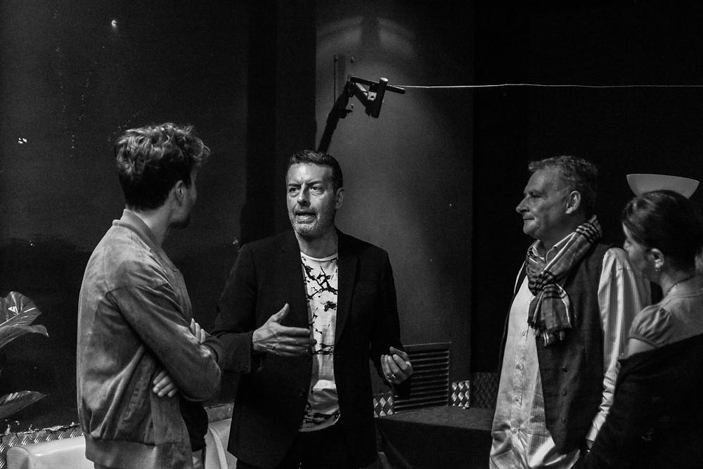Da sinistra a destra: Sacha Tellini, David Gramiccioli, Michele Rizzi (direttore artistico della Compagnia) e Angela Turchina (regista della Compagnia)
