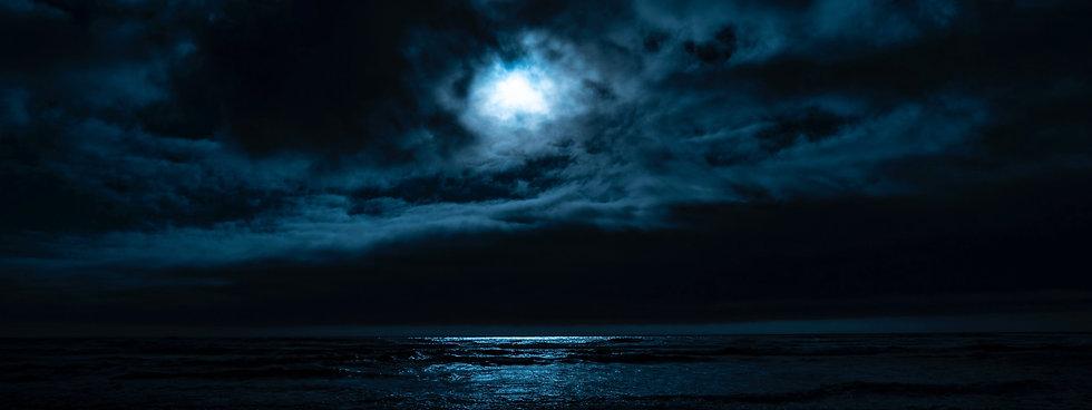 Moon-Clouds-Ocean-Reflection.jpg