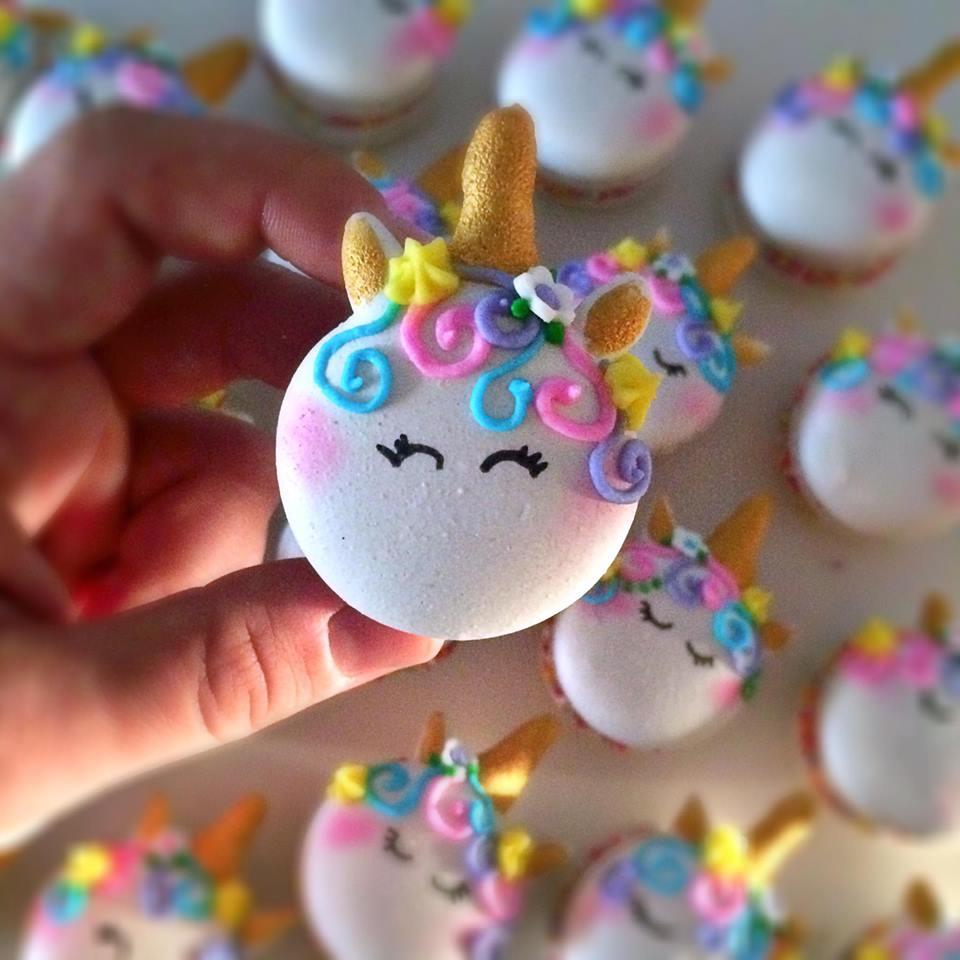 unicorn macaron