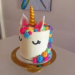 unicorn cake side view