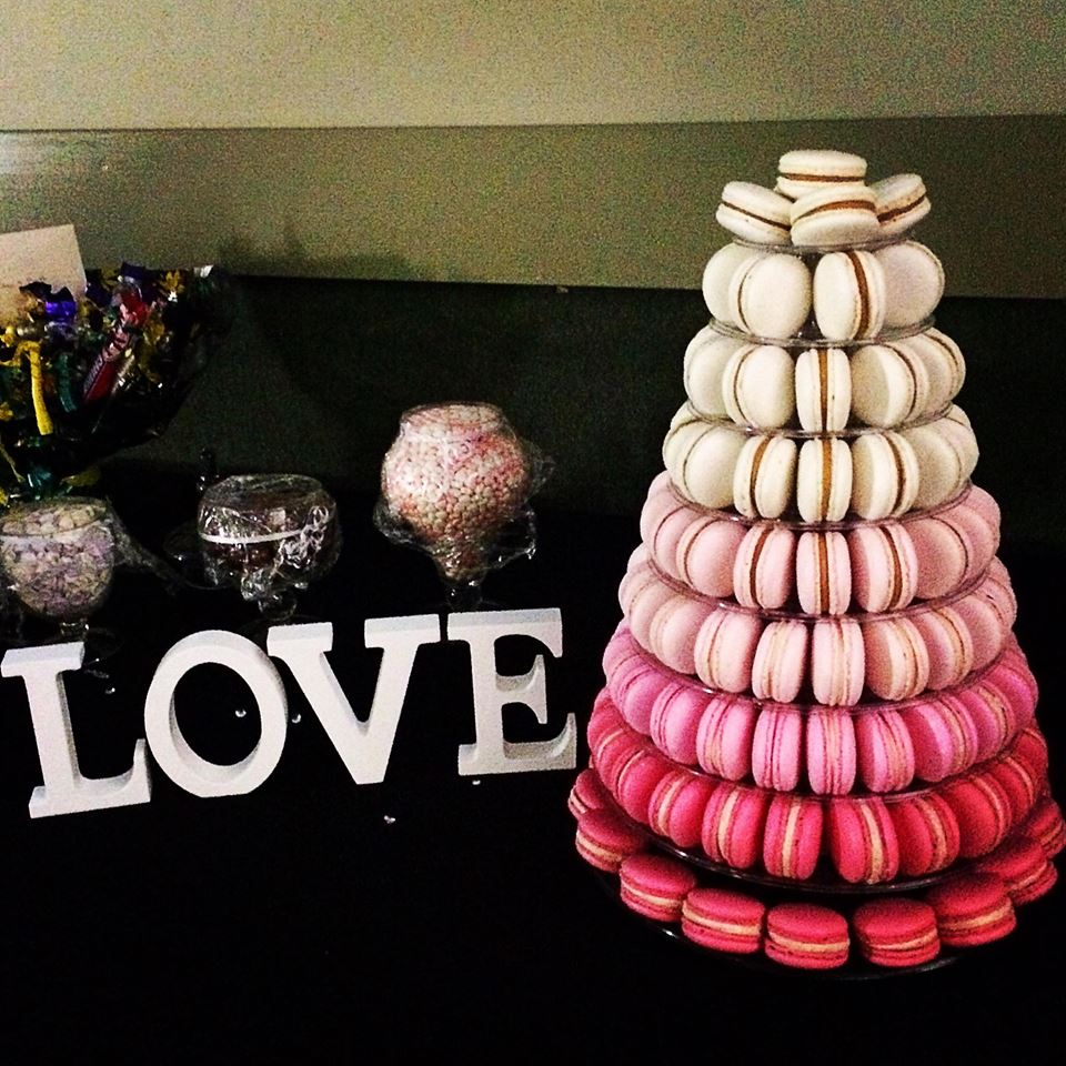 ombre macaron tower