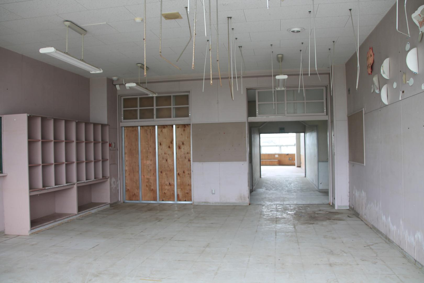 Abandoned Sendai middle school since tsu