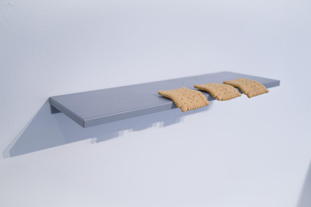 Cookie shelf