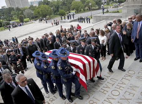 Hundreds of Mourners Honor Former Louisiana Gov. Blanco