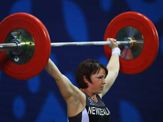Snatching 70kg At The 2010 Commonwealth Games