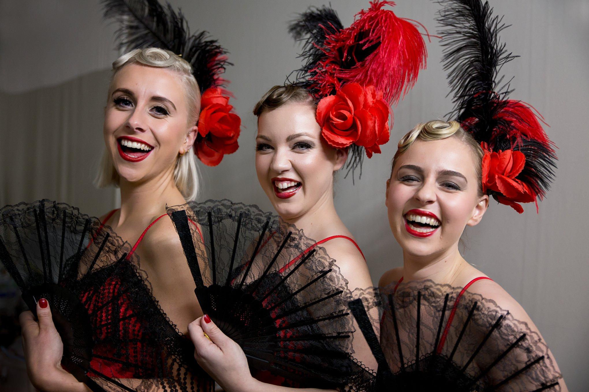 Parisian Can Can Dancers UK