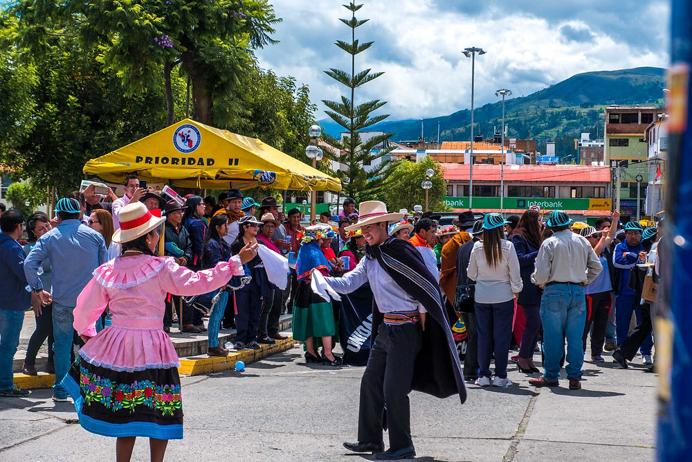 Two dancers at the Anchovy festival, Huaraz. AvVida.co.uk