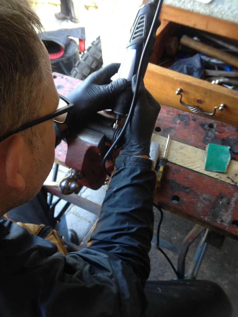Kelvin sorting out the throttle tubes
