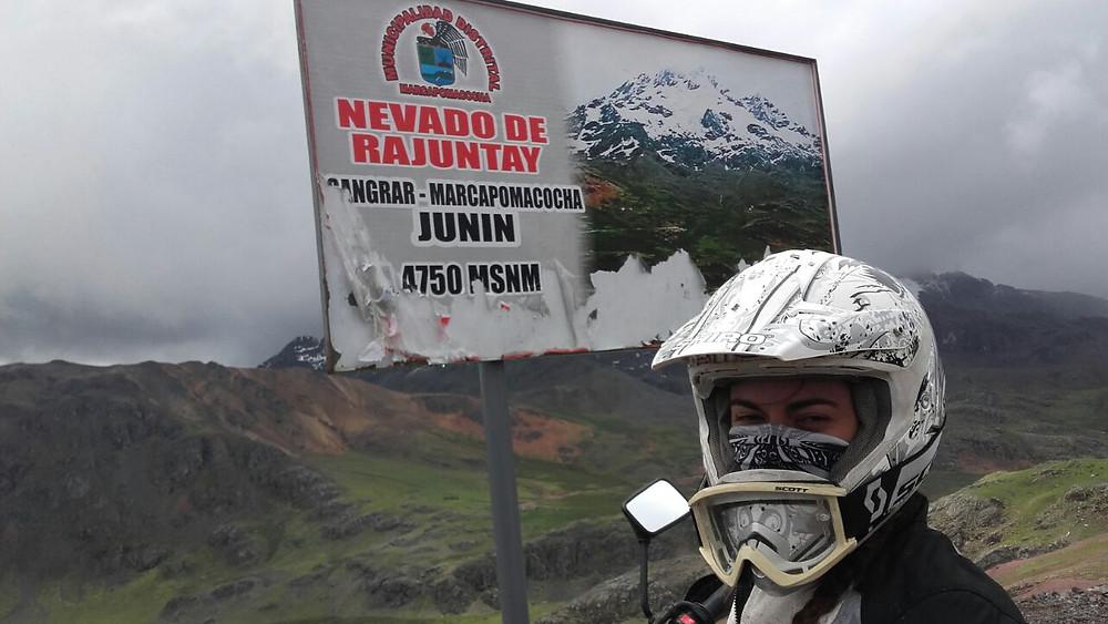 Ale at Nevado del Rajuntay