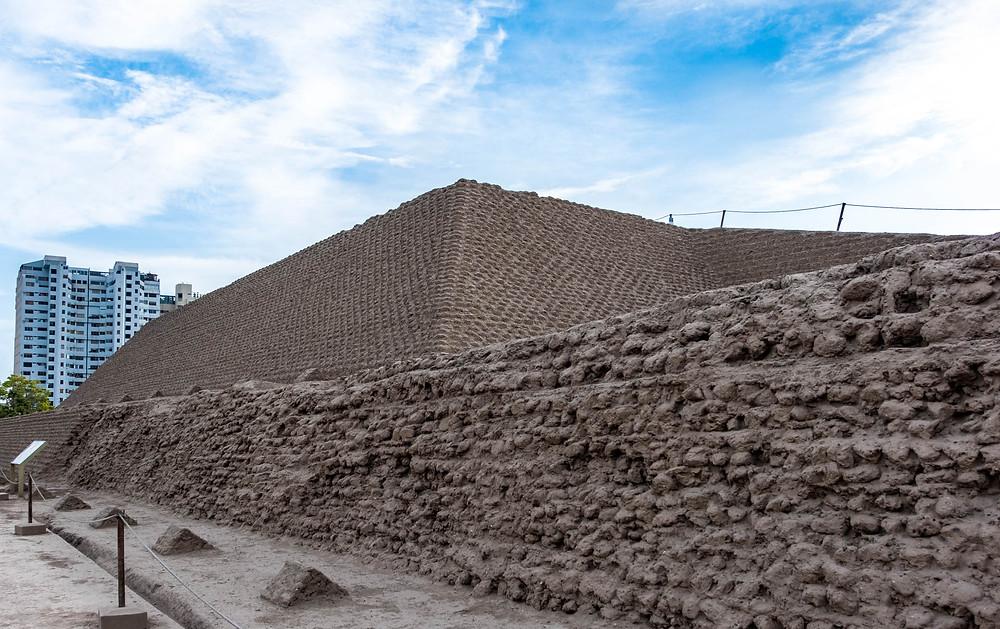Huaca Huallamarca, pre-inca ruins, Lima
