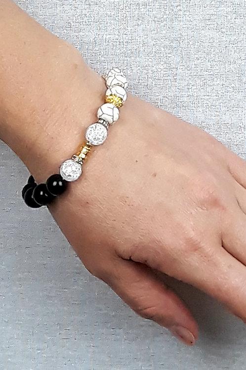 mountain crystal, onyx & howlite bracelet