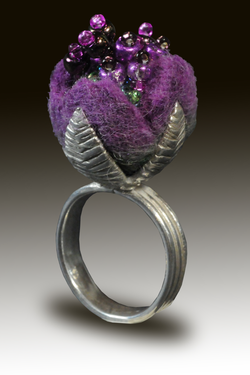 Silver and felt ring