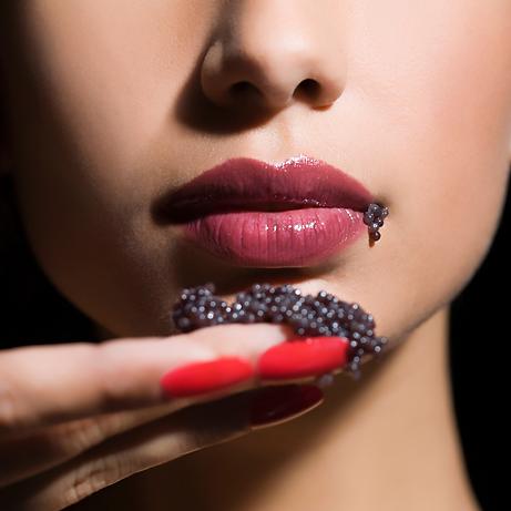 caviar femme.png
