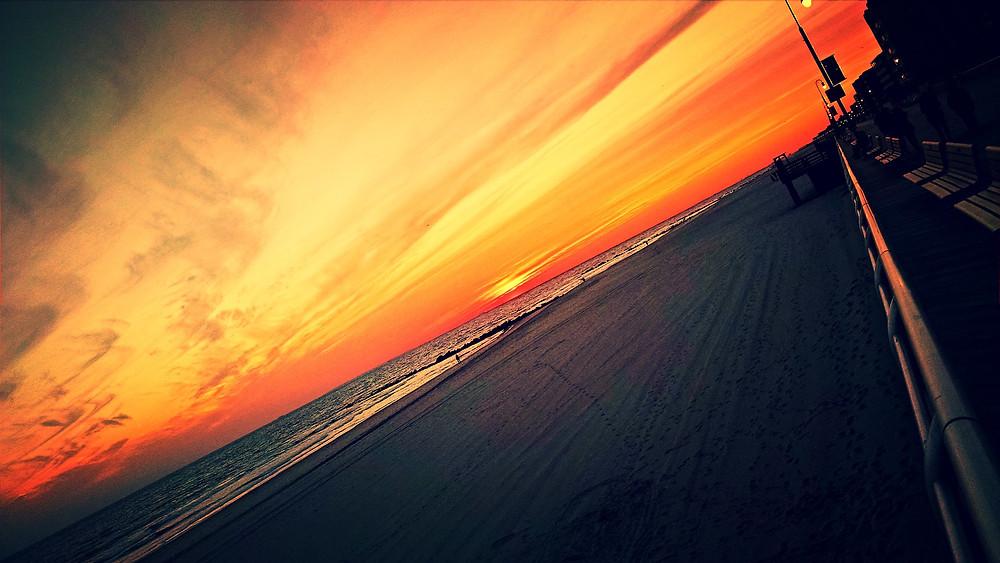 Long Beach Sunset, Nov. 9, 2014 (photo by me)