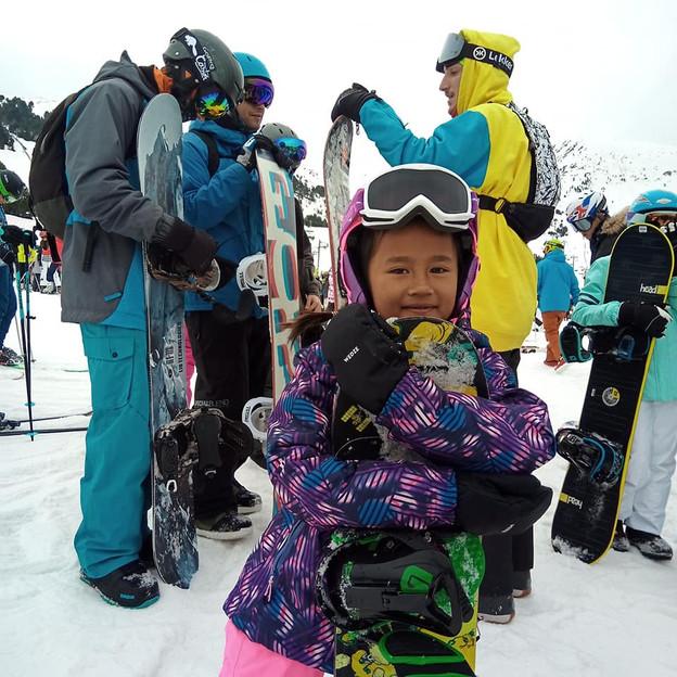 Zazi Landman | Snowboard Girl