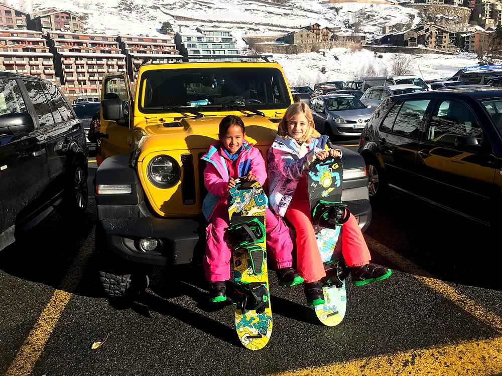 Hi, I am Zazi, a young snowboard girl. Here I am with my best friend Cristina after our first day of snowboarding ever, in El Tarter - Grandvalira, Andorra.