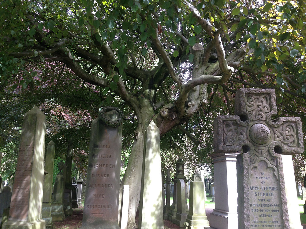 Le mystérieux cimetière hanté de Dean Village à Edimbourg