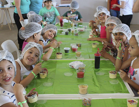 kids eating with hairprotection.jpg
