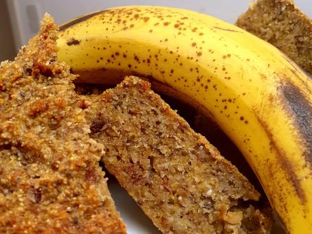 Bananen Polenta Erdnusskuchen