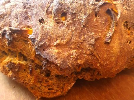Süßkartoffel Dinkel Brot mit Nelken