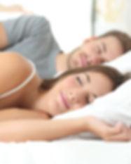 Sleeping_Couple_2_ThinkstockPhotos-50437