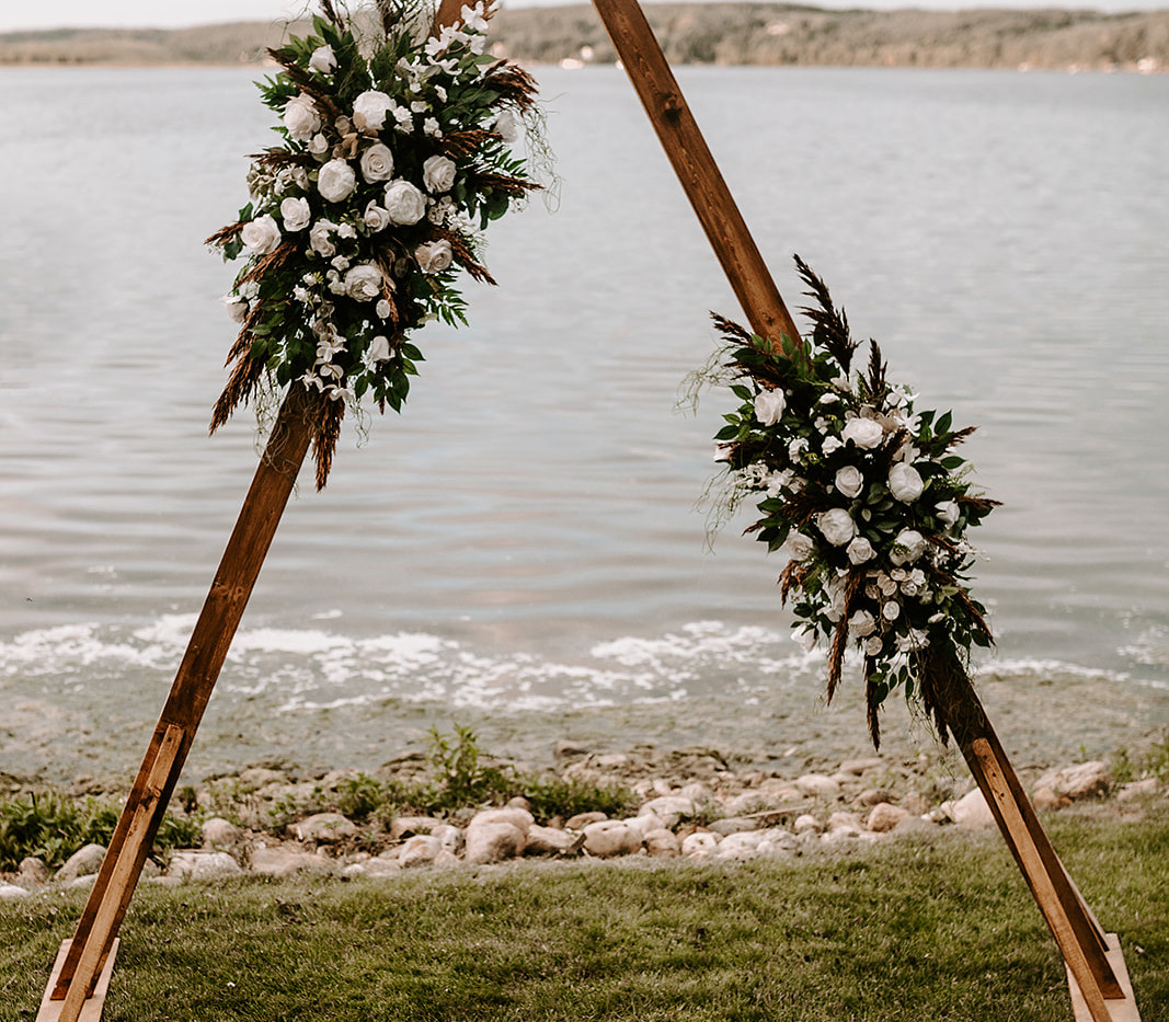Triangle Arch paired with our two piece boho faux florals