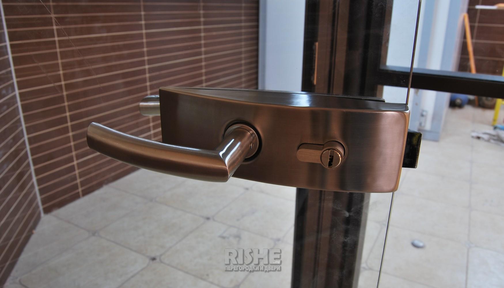Ручка Arcos Цельностеклянная дверь