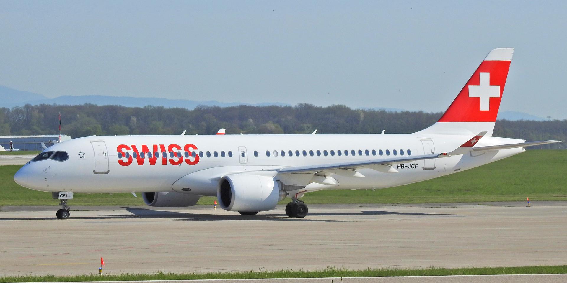 CS3 LX HB-JCF GVA 180420 (2).jpg