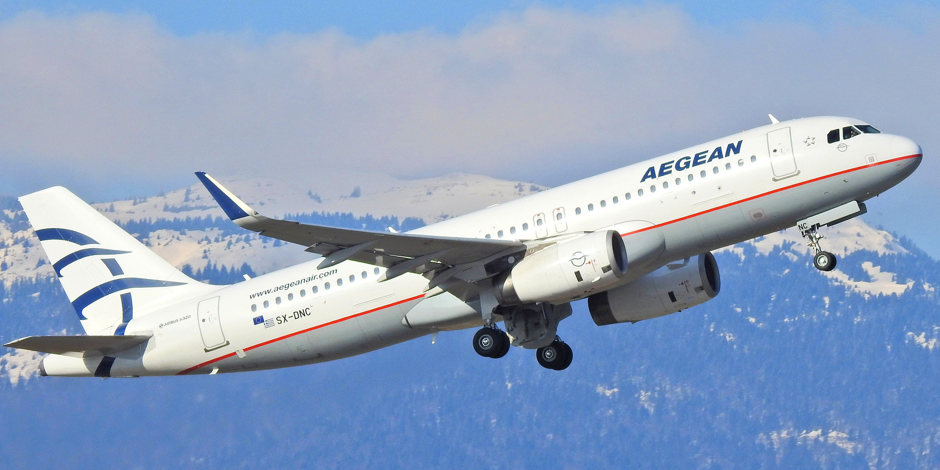 320 A3 SX-DNC GVA 200120 (1).jpg