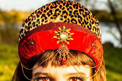 The Cirque headpiece