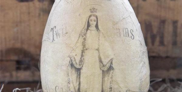 Osterei Madonna - Easter Egg