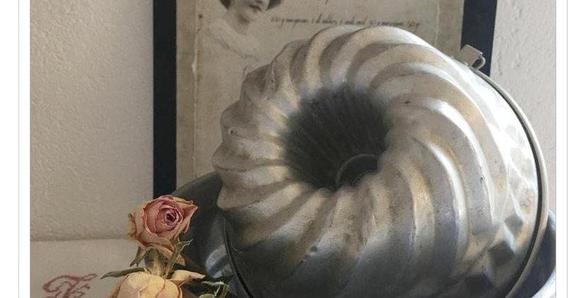 Gugelhupfformen Silber  Farbe