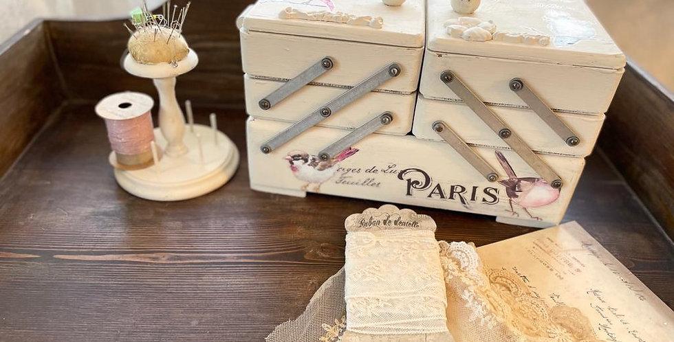 Nähnkaste Vintage Cream - Sweing Box
