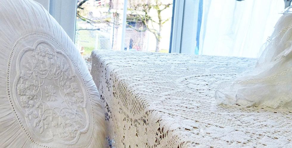 Tischdecke rund gehäkelt- tablecloth round