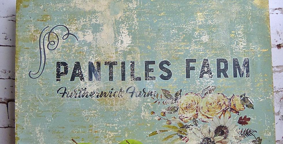 Schild Pantiles Farm - sign