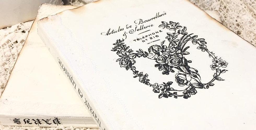 Notizbuch mit abgenutzten Kanten T1-Notebook