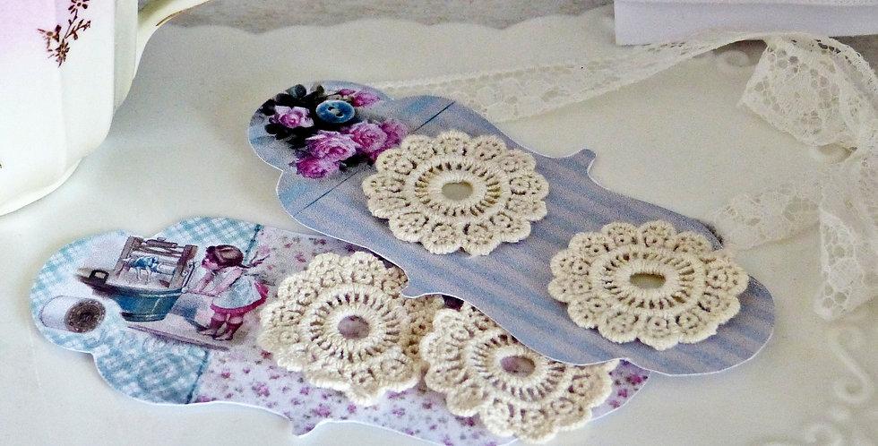 Blümchen -little crocheted flowers