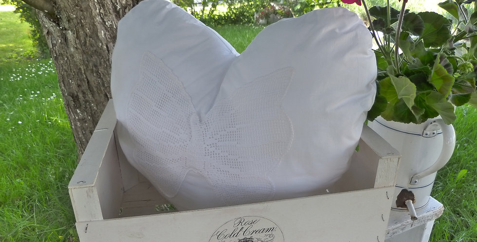 Herz Kissen- Schmerterling - Heart cushion