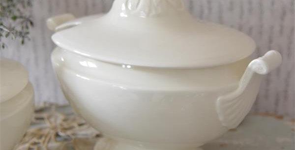 Suppenschüssel-Terrine 26cm- tureen