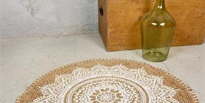 Teppich Jute rund -weisse Muster -carpet