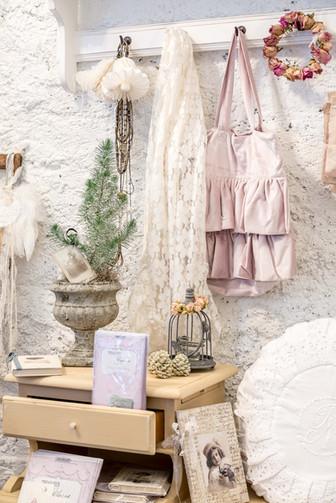 2019 Los Mimis Armoir, Website 34.JPG