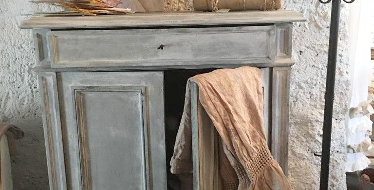 Kommode-Vertiko - Vertiko chest of drawers