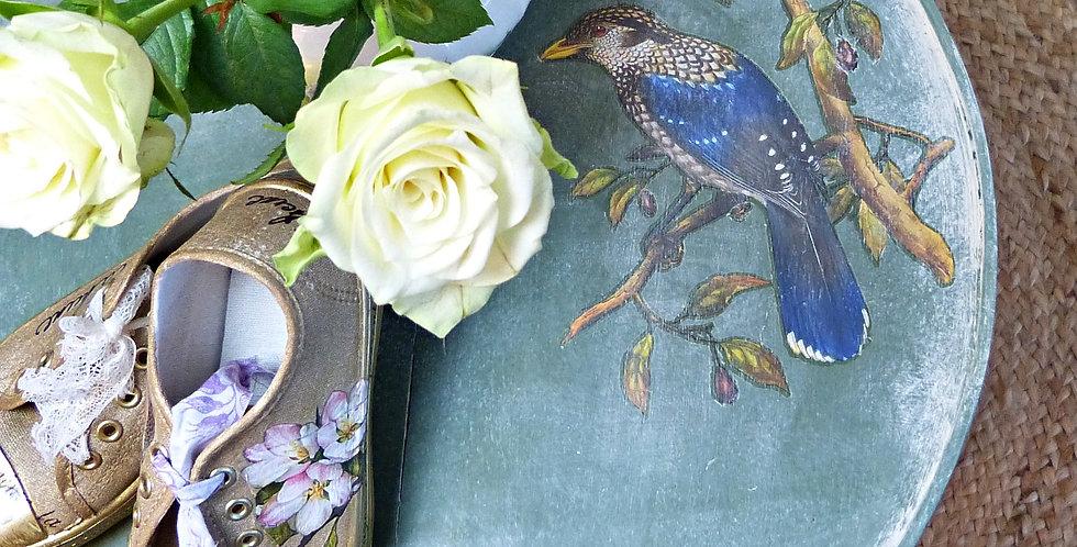 Runder Tisch Vogel