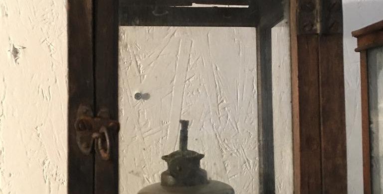 Oel Lampe gross aus Holz - oil lamp