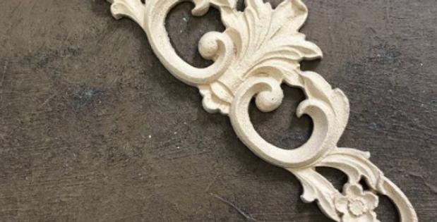 Woodubend -Pediment 2118