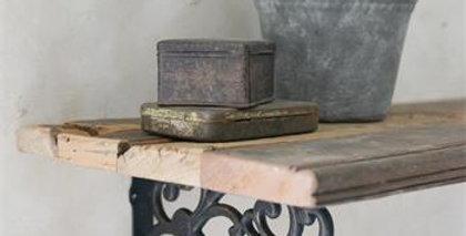Holzbrett 40 - Wooden shelf