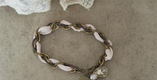 Bracelet light Rosa. bracelate