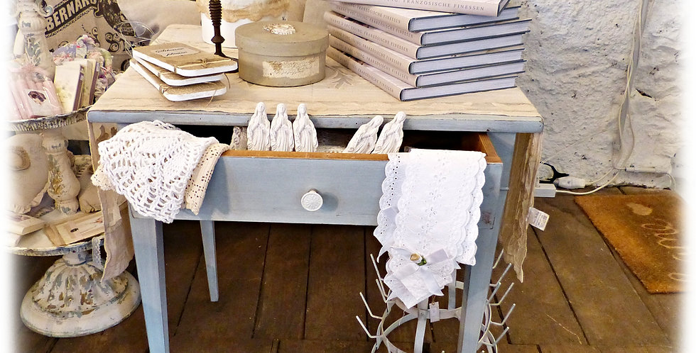 Küchentisch- Kitchen table