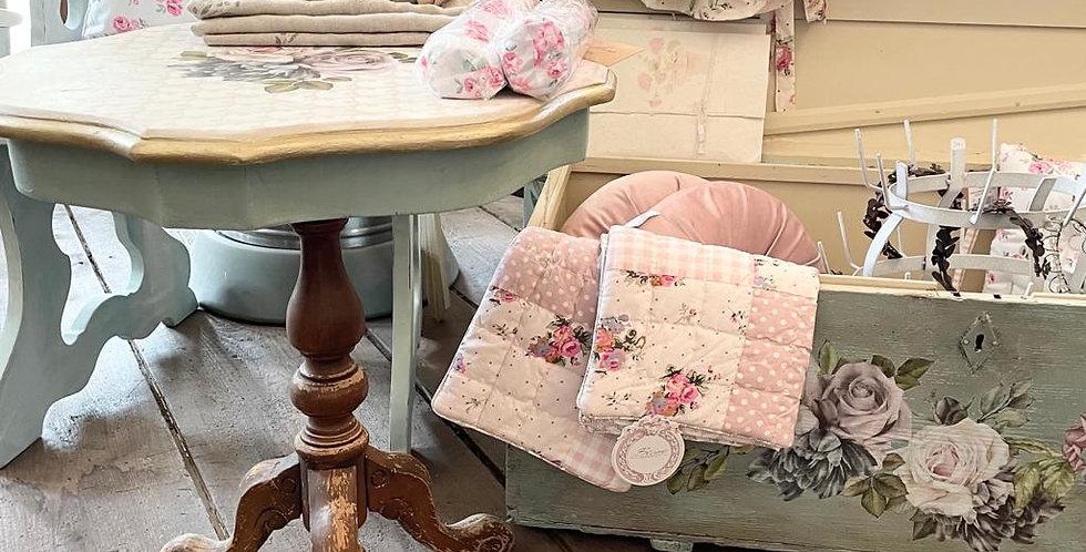 Tisch Vintage Flower - table