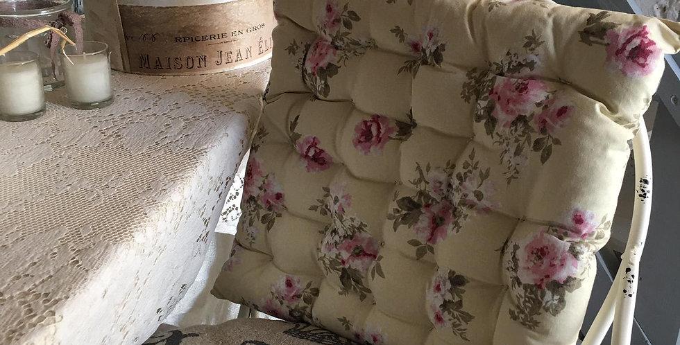 Kissen mit Blumen Motiv -Sitzkissen-chair pads